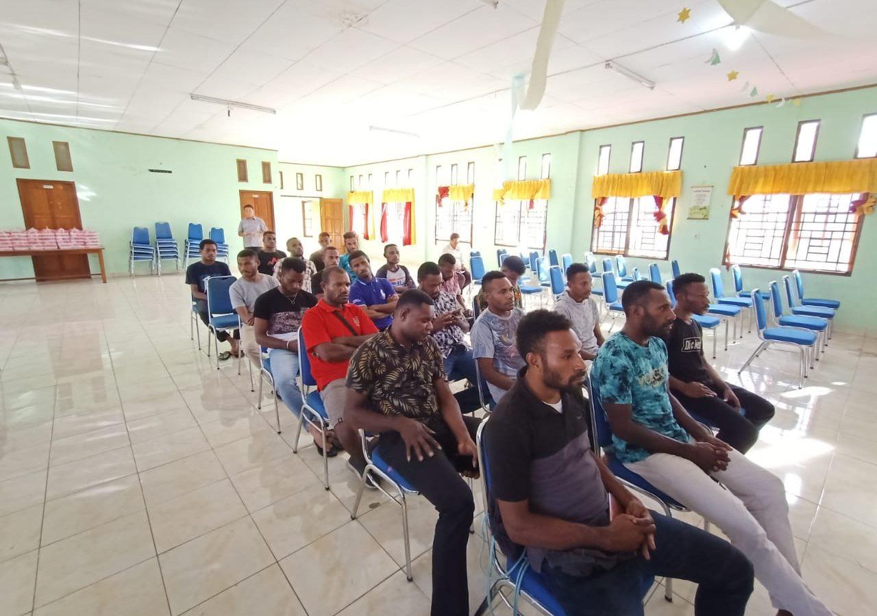 Hearing Dialog Komisi III DPR Papua Bersama Mahasiswa Memberamo Raya. (14)